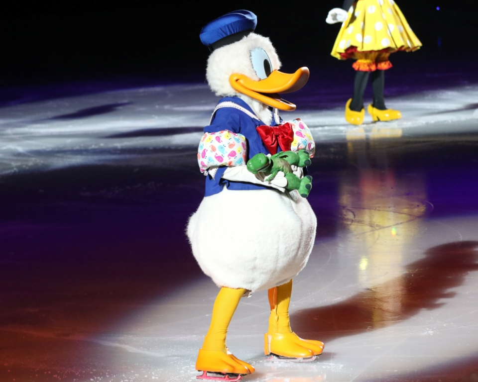disney on ice worlds of enchantment review