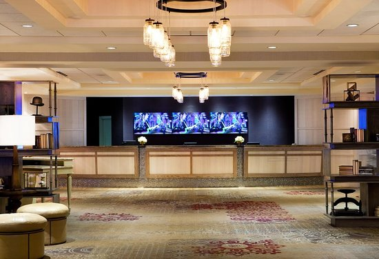doubletree hotel nashville downtown reviews
