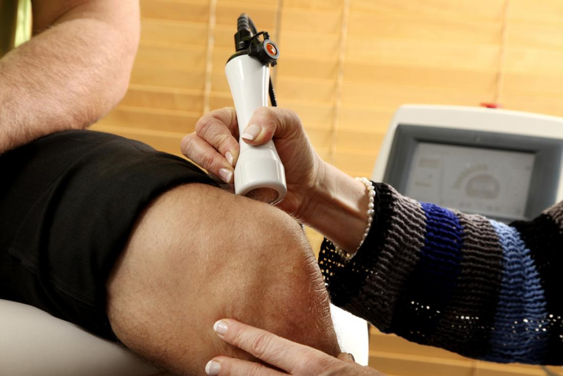 laser therapy for knee pain reviews